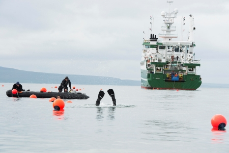 Cable Laying at Spiddal. Photographer Andrew Downes.
