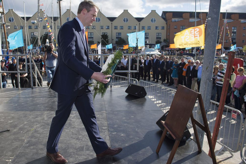 Minister Sean Kyne laying a wreath at the Life and the Sea  - A Commemorative event at SeaFes