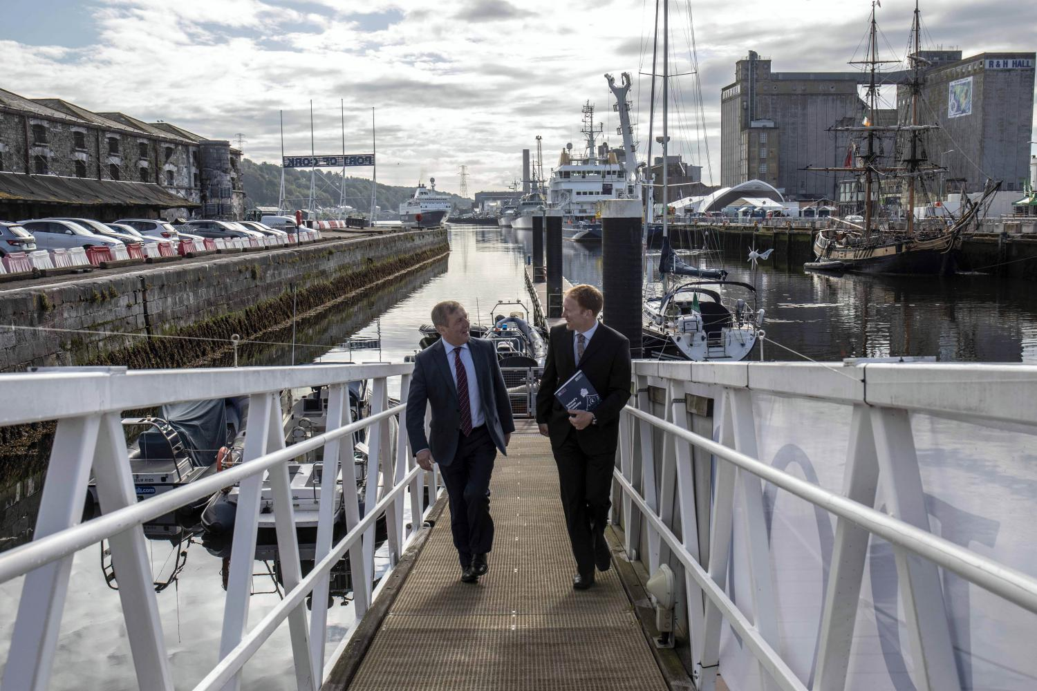 Dr. Stephen Hynes and Minister Creed discuss the latest update on Ireland's ocean economy wit
